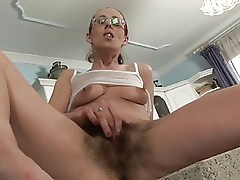 she likes cake in her face and hairy pussy